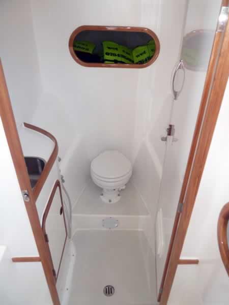 Scuba Diving Khao Lak - Wet Cat Bathroom